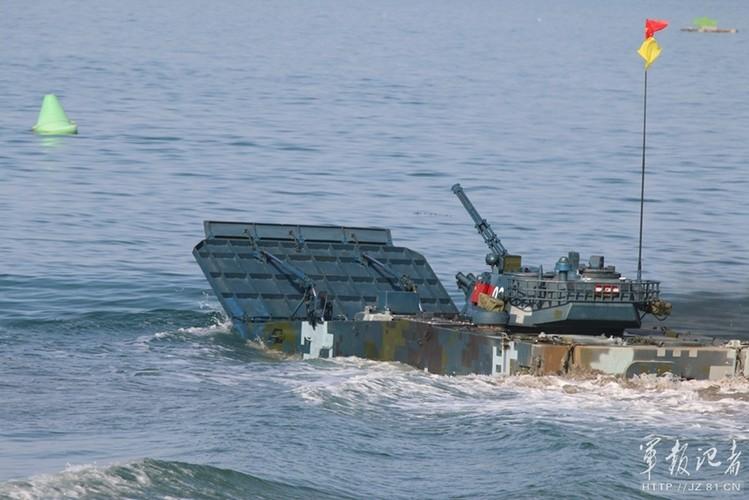 Xe thiet giap ZBD-2000 Trung Quoc dai thang Nga o bien Caspian-Hinh-5