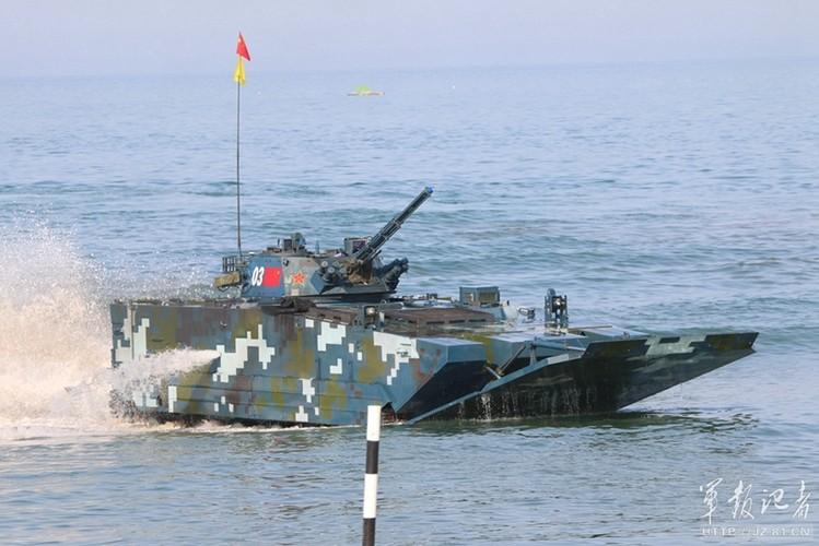 Xe thiet giap ZBD-2000 Trung Quoc dai thang Nga o bien Caspian-Hinh-6