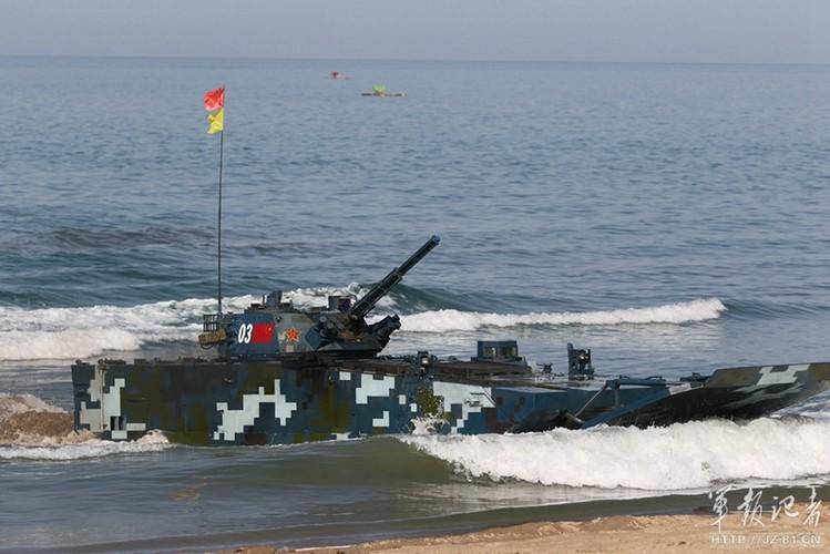 Xe thiet giap ZBD-2000 Trung Quoc dai thang Nga o bien Caspian-Hinh-7