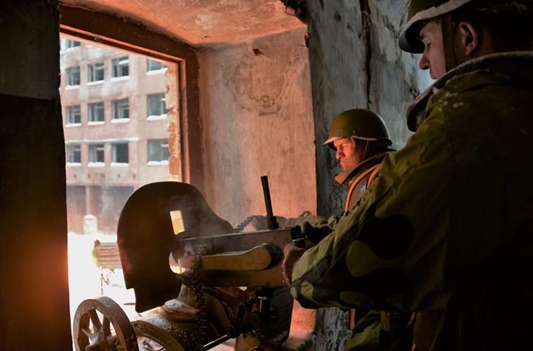 Theo doi Quan doi Nga tap tran trong mua dong Crimea-Hinh-10