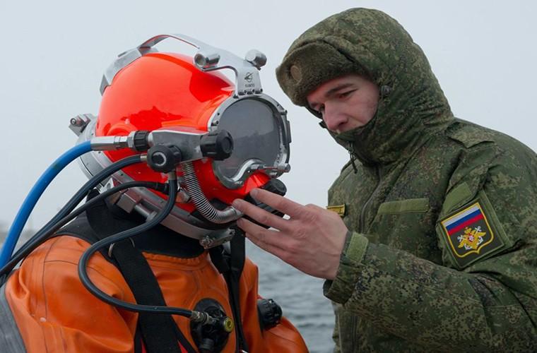 Theo doi Quan doi Nga tap tran trong mua dong Crimea-Hinh-2