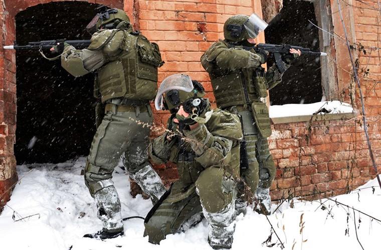 Theo doi Quan doi Nga tap tran trong mua dong Crimea-Hinh-7