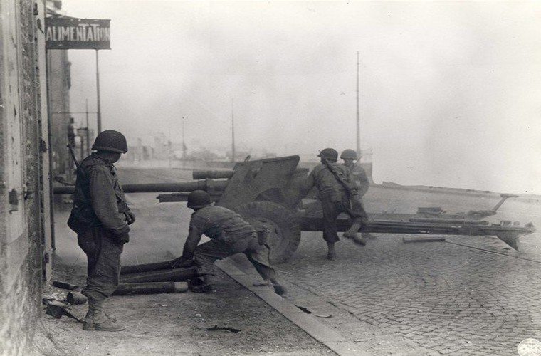 Anh hiem nhung ngay dau cua quan Dong Minh tai Normandy-Hinh-9
