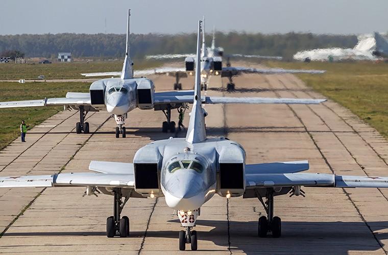 Vi sao NATO phai