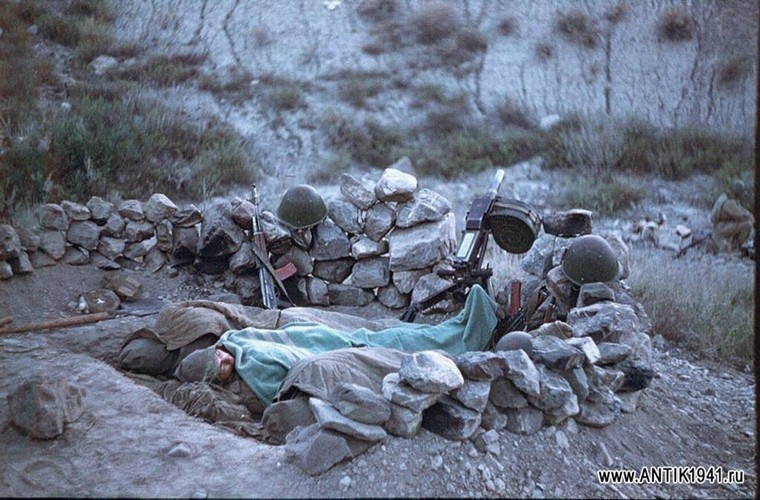 Chum anh mau hiem ve Hong quan Lien Xo o Afghanistan-Hinh-15