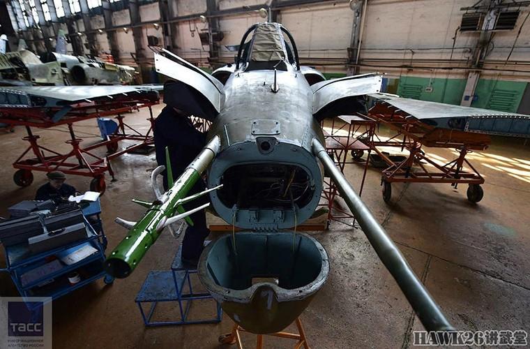 Bat ngo: Nga hoi sinh Su-24, Su-25 da vut ra bai rac-Hinh-13