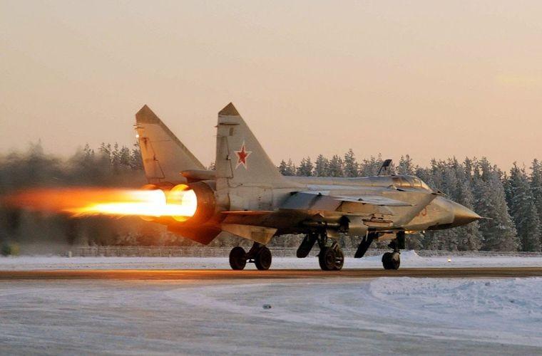 Top may bay chien dau Nga khien NATO