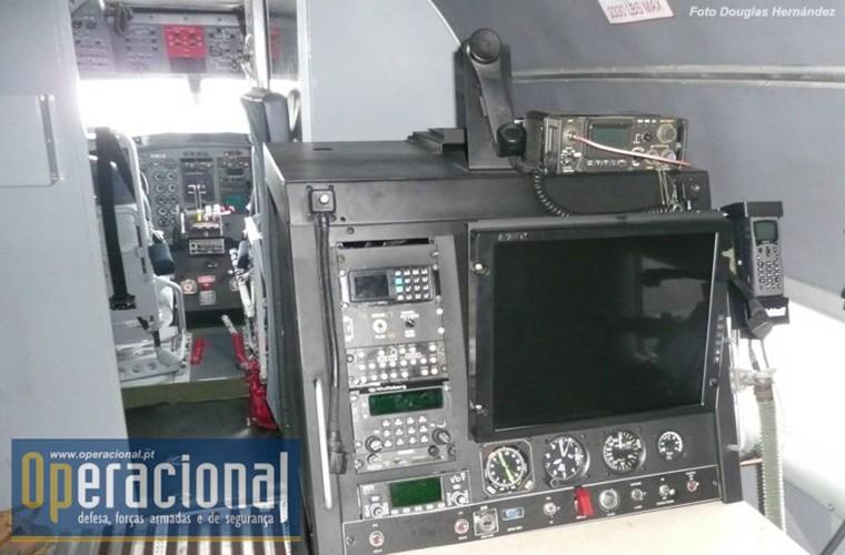 Philippines tinh thay the OV-10 bang may bay gunship BT-67-Hinh-6
