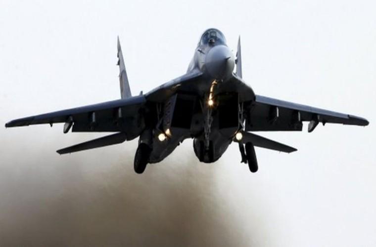 MiG-29 Syria mang ten lua R-77, My-Israel khong dam lam lieu?-Hinh-7