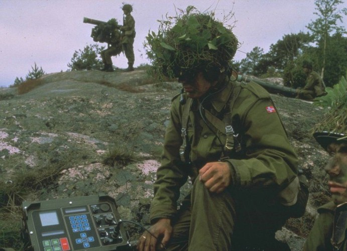 Ly do Viet Nam nen mua ten lua phong khong RBS 70-Hinh-6