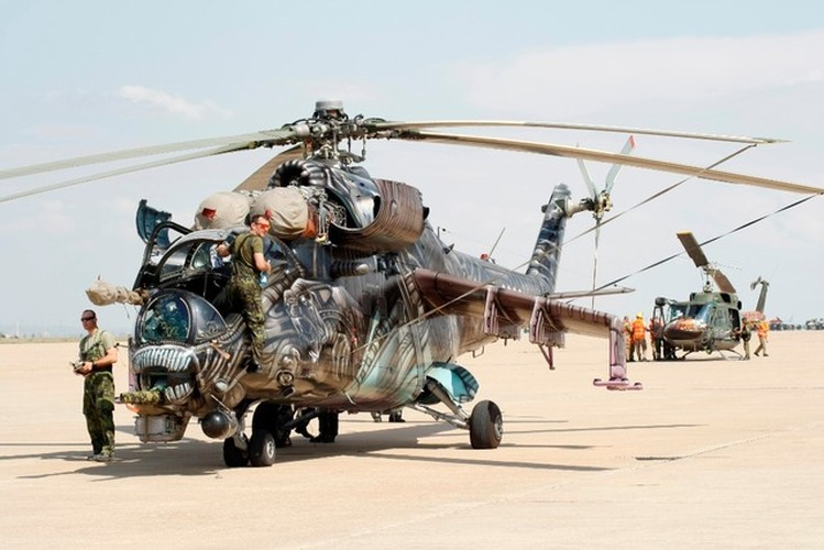 Nhung mau son nguy trang cuc ngau cua truc thang Mi-24-Hinh-7