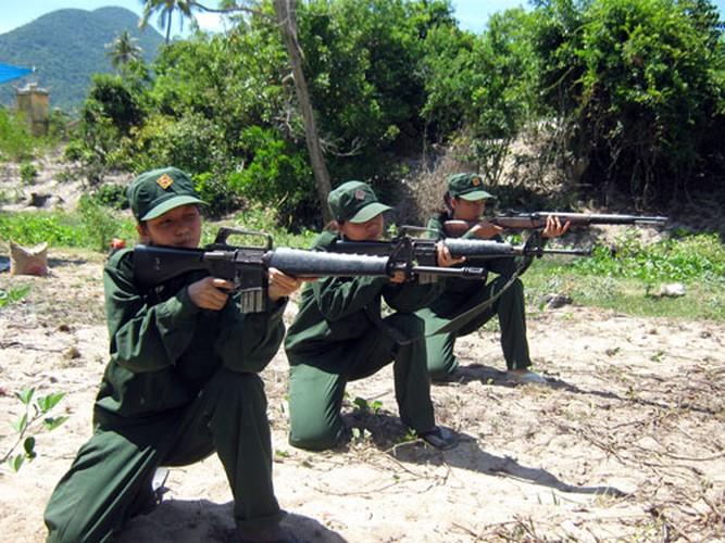 Bat ngo: Sung truong M16 van duoc LLVT Viet Nam su dung-Hinh-11