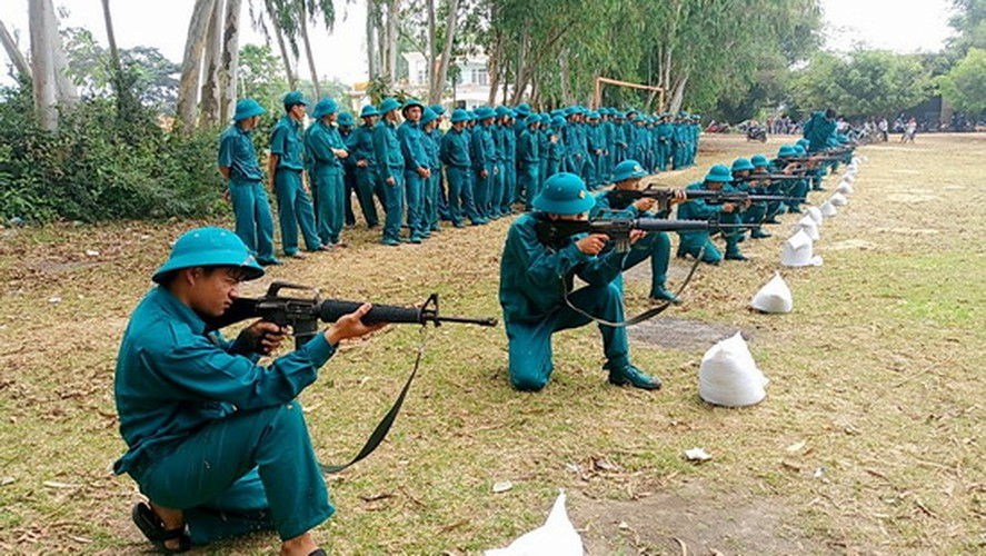 Bat ngo: Sung truong M16 van duoc LLVT Viet Nam su dung-Hinh-2