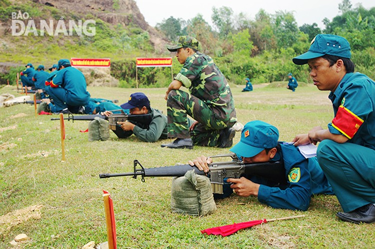 Bat ngo: Sung truong M16 van duoc LLVT Viet Nam su dung-Hinh-4