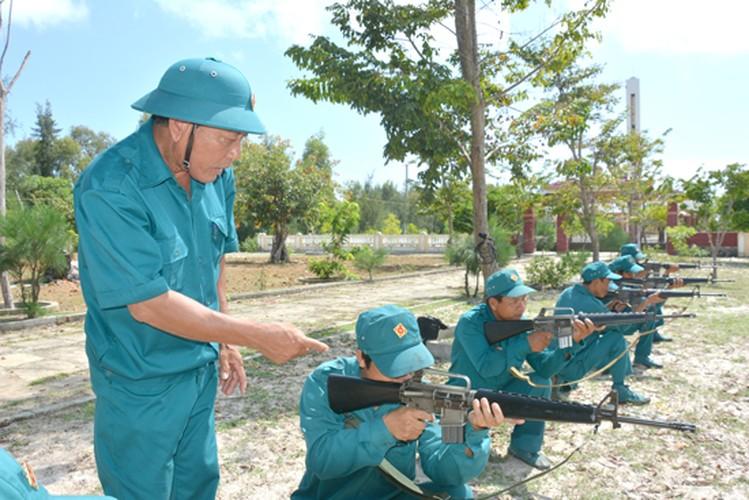 Bat ngo: Sung truong M16 van duoc LLVT Viet Nam su dung-Hinh-9
