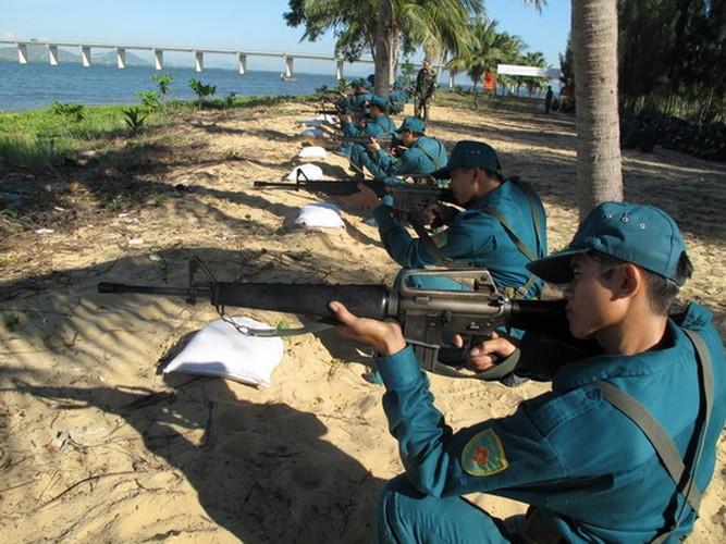 Bat ngo: Sung truong M16 van duoc LLVT Viet Nam su dung