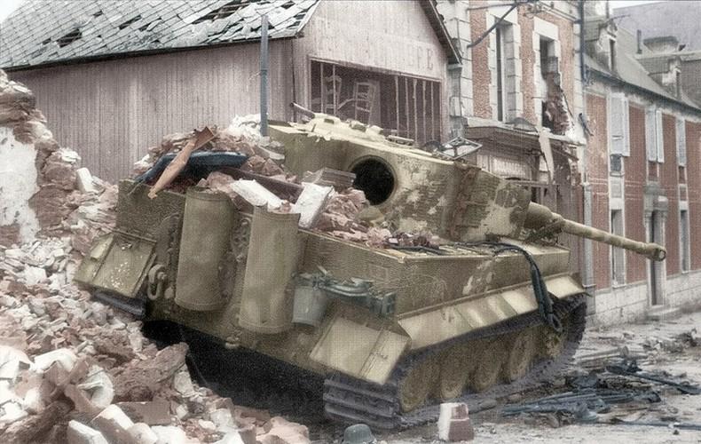 Ket cuc tham hai cua xe tang Tiger trong CTTG 2-Hinh-9