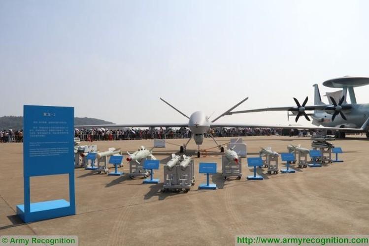 """Trung Quoc khoe UAV """"nhai"""" tai trien lam lon nhat the gioi"""