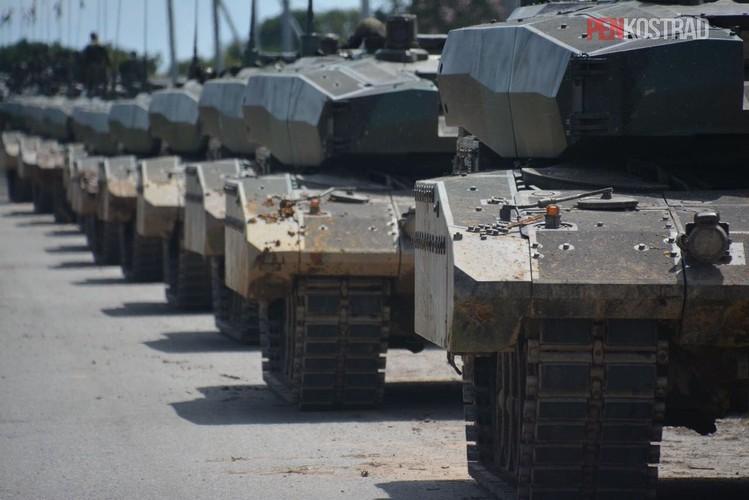 Can canh sieu tang Leopard 2RI cua lang gieng Indonesia