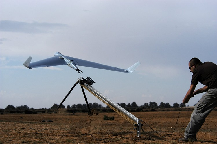 Hien dai phi doi UAV co trong bien che QDND Viet Nam-Hinh-11