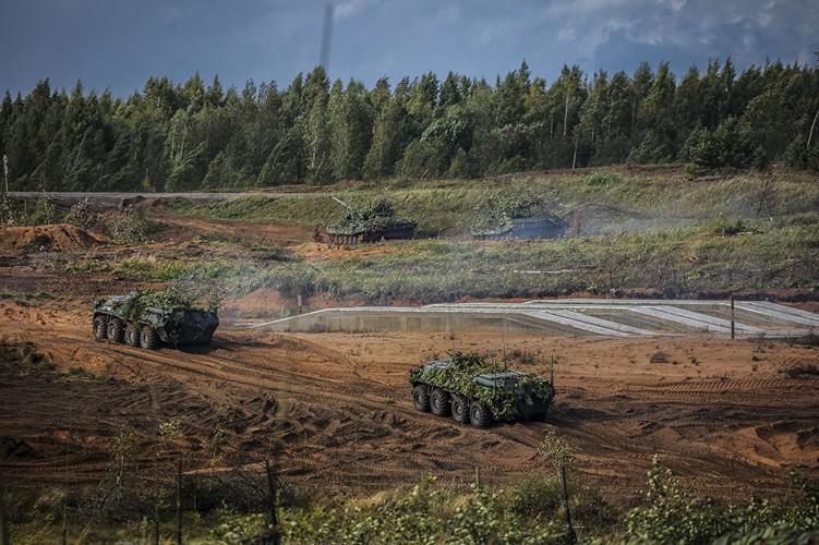 """Zapad  2017: Nga chinh thuc """"tuyen chien"""" voi NATO?-Hinh-11"""