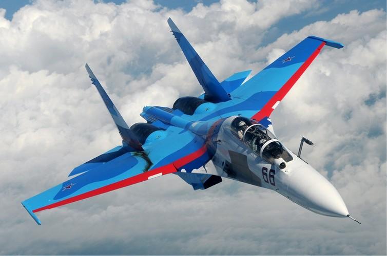"""Diem mat """"ca ho"""" dong chien dau co huyen thoai Sukhoi Su-27-Hinh-2"""