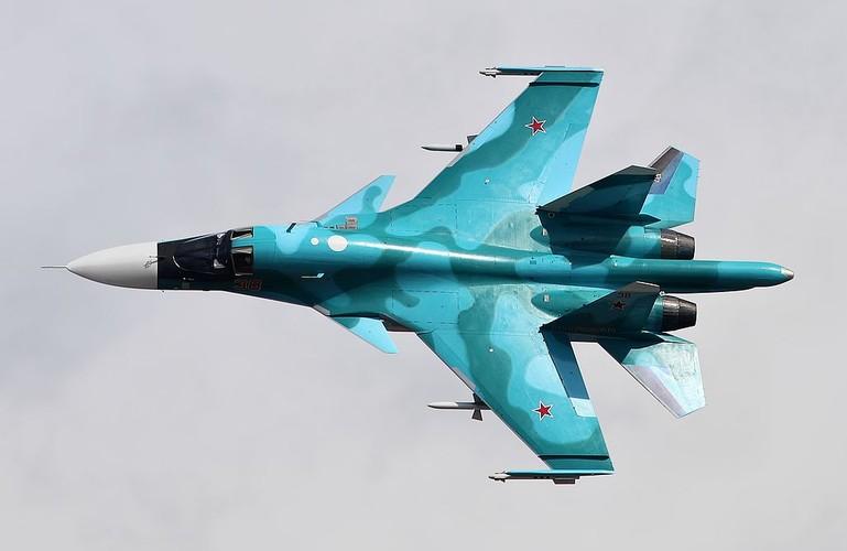 """Diem mat """"ca ho"""" dong chien dau co huyen thoai Sukhoi Su-27-Hinh-6"""