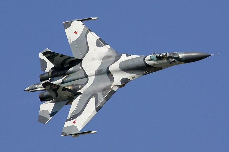 "Diem mat ""ca ho"" dong chien dau co huyen thoai Sukhoi Su-27"