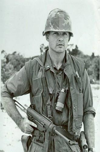 Truoc M16, Biet kich My dung sung gi o Viet Nam-Hinh-3