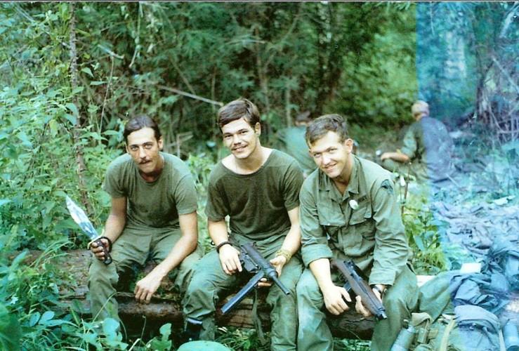 Truoc M16, Biet kich My dung sung gi o Viet Nam-Hinh-4