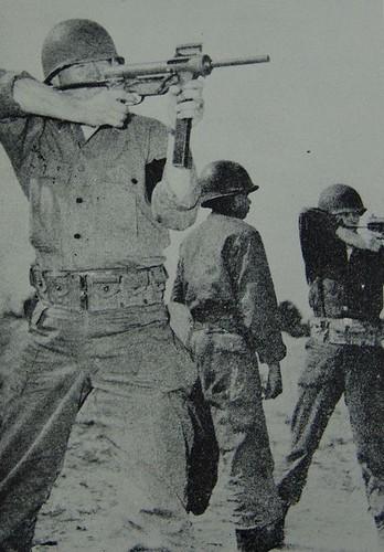 Truoc M16, Biet kich My dung sung gi o Viet Nam-Hinh-6