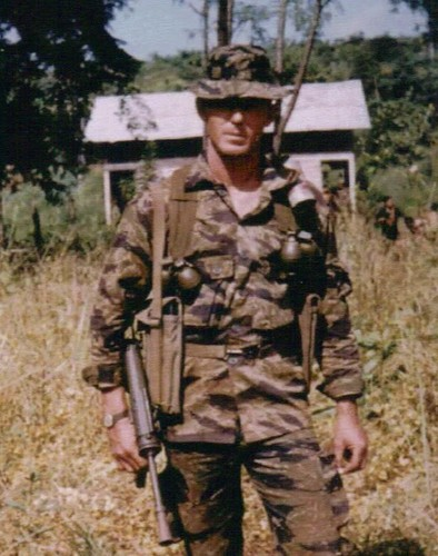 Truoc M16, Biet kich My dung sung gi o Viet Nam-Hinh-7