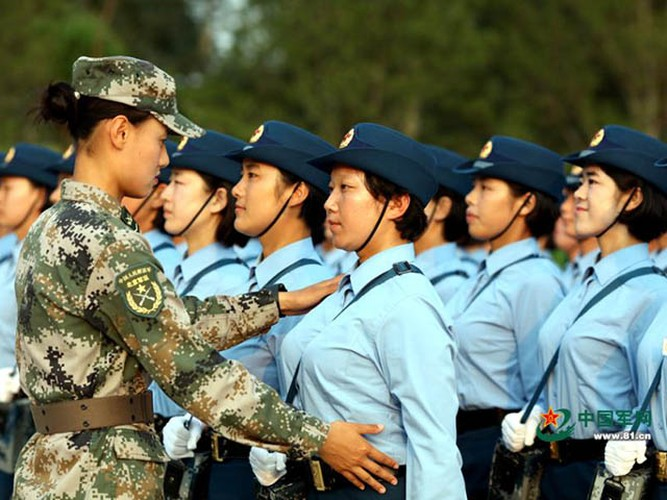 "Ngam dan ""chan dai"" tham gia dieu binh cua Trung Quoc-Hinh-5"