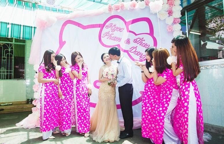 Le an hoi phong cach Hello Kitty tai Binh Duong gay sot