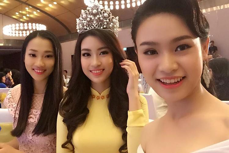 Hoa hau Do My Linh tre trung hon voi kieu toc moi-Hinh-6