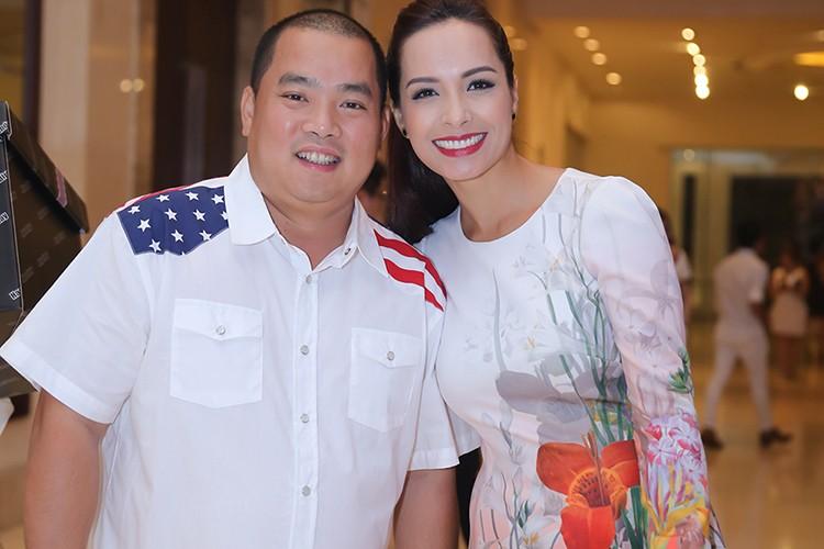 Sao Viet no nuc tham du tiec sinh nhat cua Mr Dam-Hinh-6