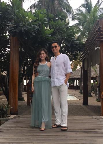 Vo dien vien Viet Anh hanh phuc khoe bung bau lum lum-Hinh-6