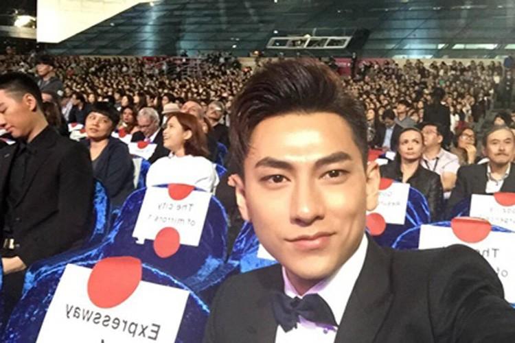 Isaac duoc vinh danh tai LHP Quoc te Busan o Han Quoc-Hinh-9