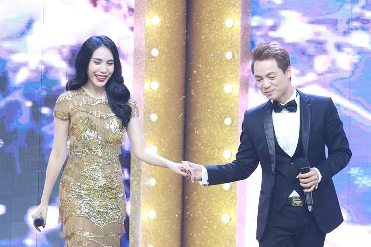 Thuy Tien tai hop Dang Khoi the hien ban hit dinh dam-Hinh-2