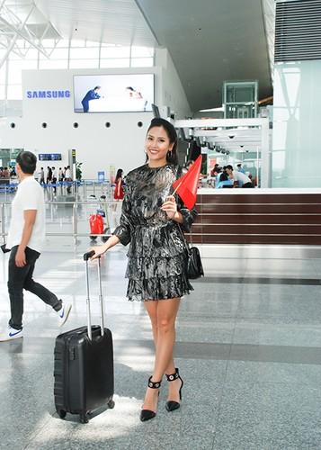 Bo me tien Nguyen Thi Loan sang My thi hoa hau-Hinh-2