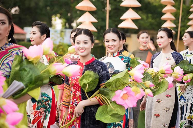 HH Ngoc Han do sac cung dan em Kieu Vy To Nhu-Hinh-7