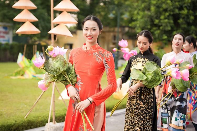 HH Ngoc Han do sac cung dan em Kieu Vy To Nhu-Hinh-9