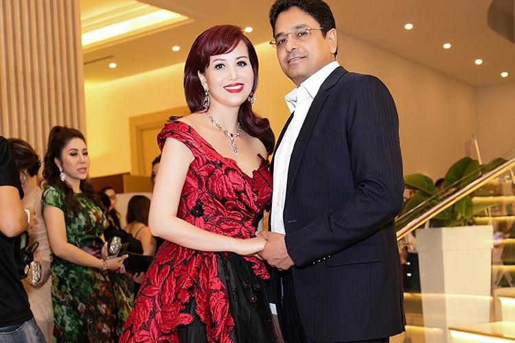 Duong tinh duyen ke ven tron nguoi lan dan cua my nhan sinh 1969-Hinh-3