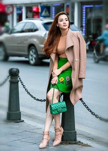 Gai mot con Trang Nhung tre trung sanh dieu xuong pho-Hinh-7