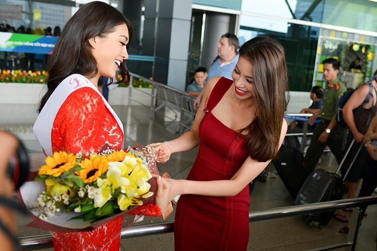 Pham Huong, Thien Ly tien Le Hang di thi Miss Universe 2016-Hinh-3