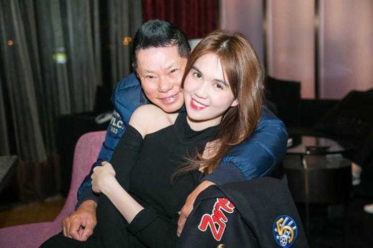 Hoang Kieu cang say dam, Ngoc Trinh cang tho o?-Hinh-2