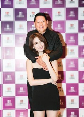 Hoang Kieu cang say dam, Ngoc Trinh cang tho o?-Hinh-5