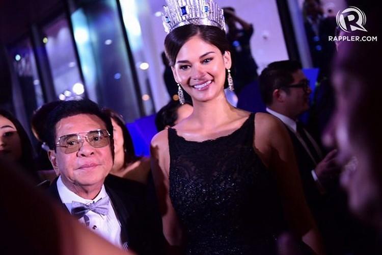 Le Hang goi cam trong tiec chao mung cua Miss Universe-Hinh-5