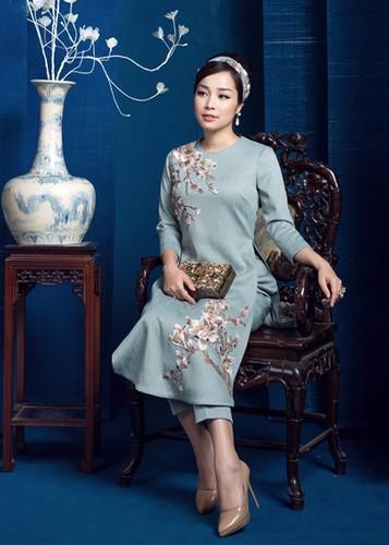 My nhan Viet dep diu dang trong ao dai don Tet-Hinh-14