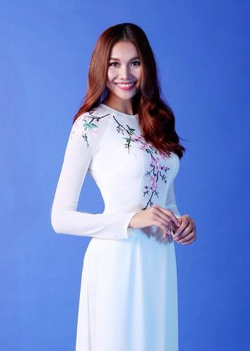 My nhan Viet dep diu dang trong ao dai don Tet-Hinh-8